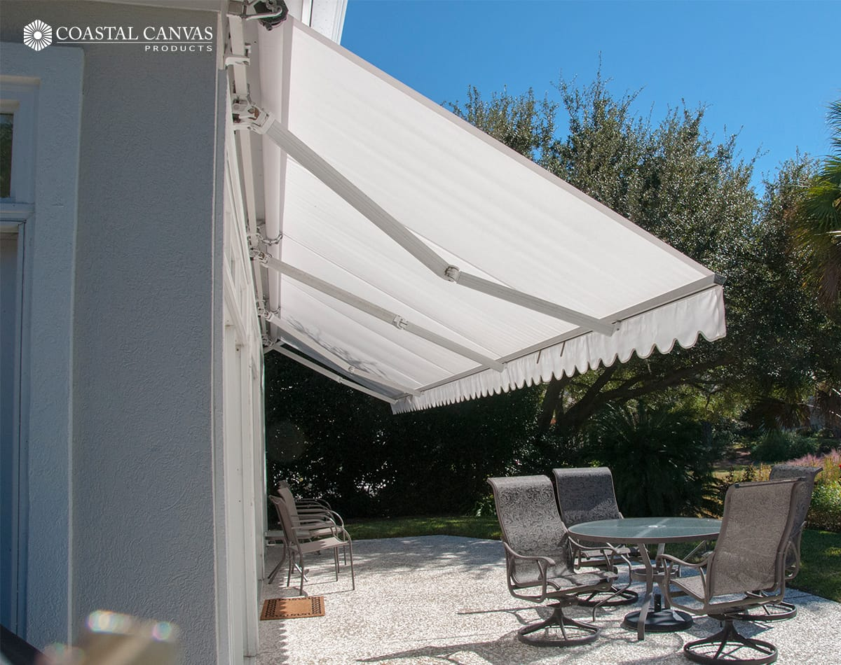 Retractable retractable awnings savannah