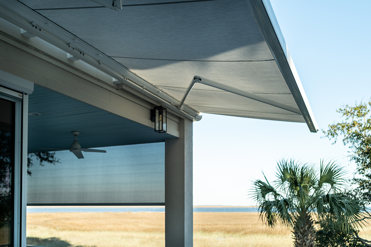 Residential retractable awnings bluffton
